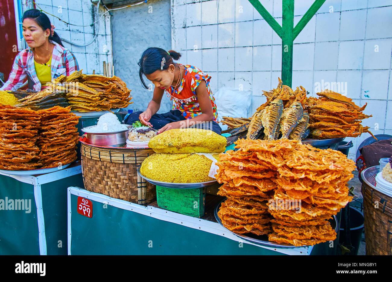 f75b29f176f5 Golden Fish Market Immagini   Golden Fish Market Fotos Stock - Alamy