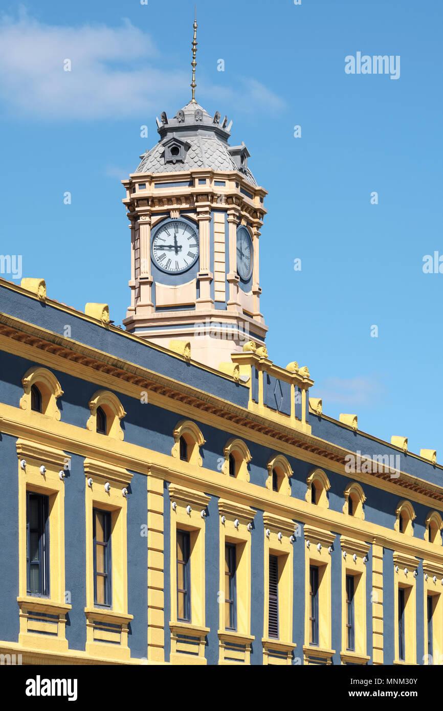 Ufficio Turistico del Comune, La Canilla, Oficina de Turismo, Turismo Bulegoen Euskai Sarea, Portugalete, Vizcaya, Pais Vasco, Spagna, Immagini Stock