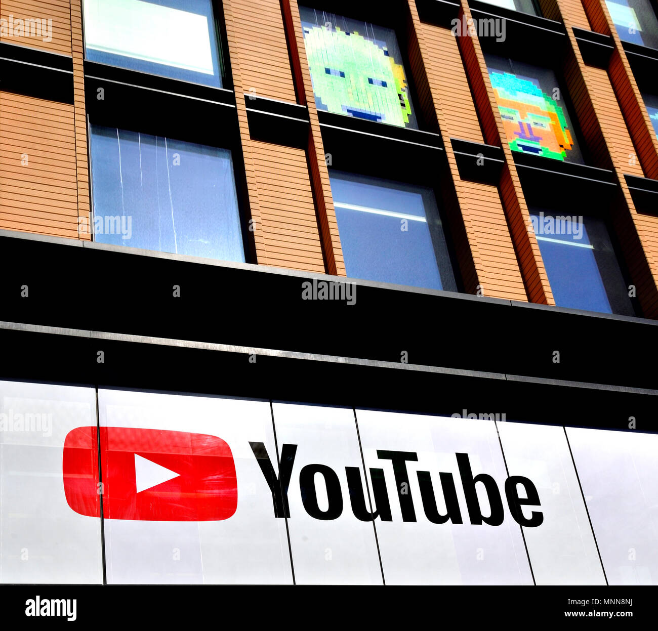 Spazio di YouTube - sede di Londra, King's Cross a Londra, Inghilterra, Regno Unito. Immagini Stock