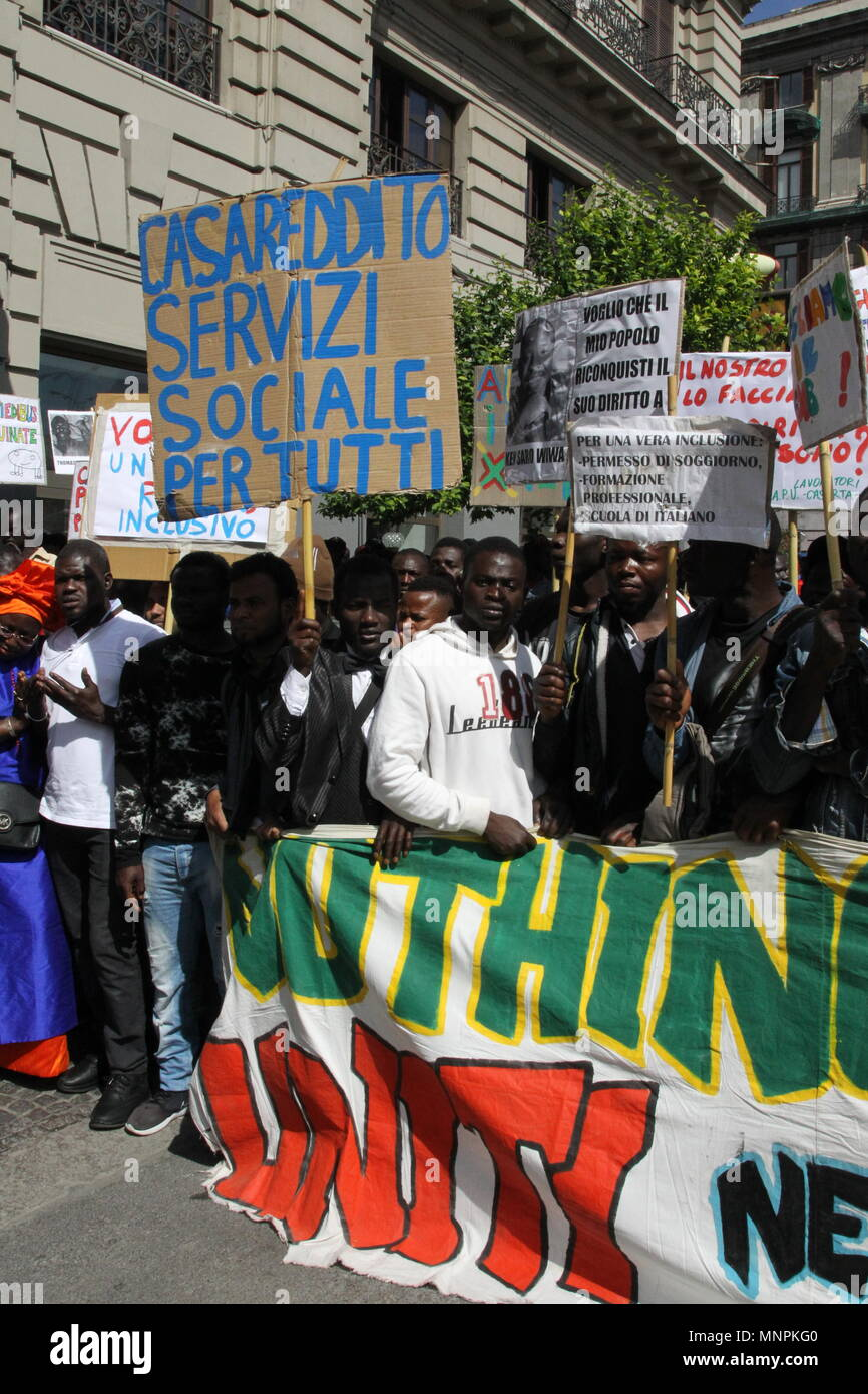Napoli, Italia. 18 Maggio, 2018. I migranti hanno marciato a Napoli ...