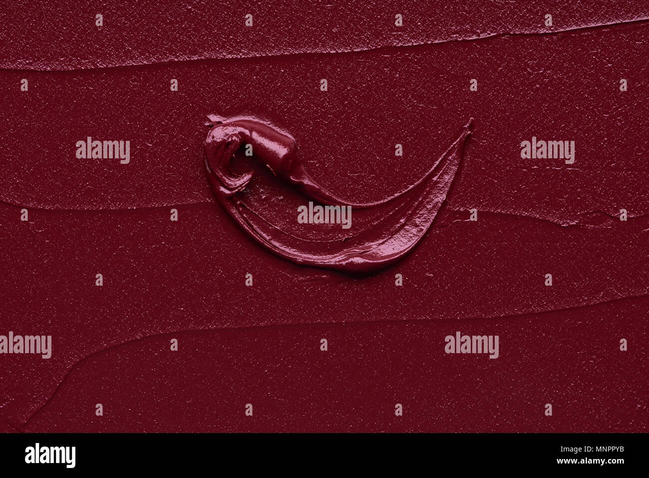 Rosso Scuro Cospargere Di Finitura Opaca Lip Gloss Isolati Su Sfondo
