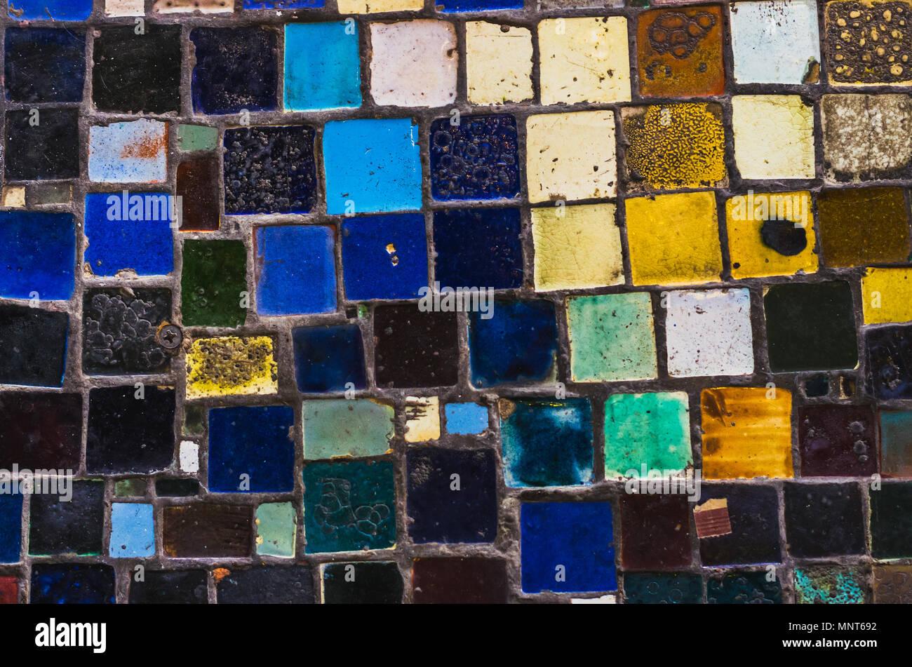 Mosaico urbano con sfondo colorato piastrelle fatte a mano foto