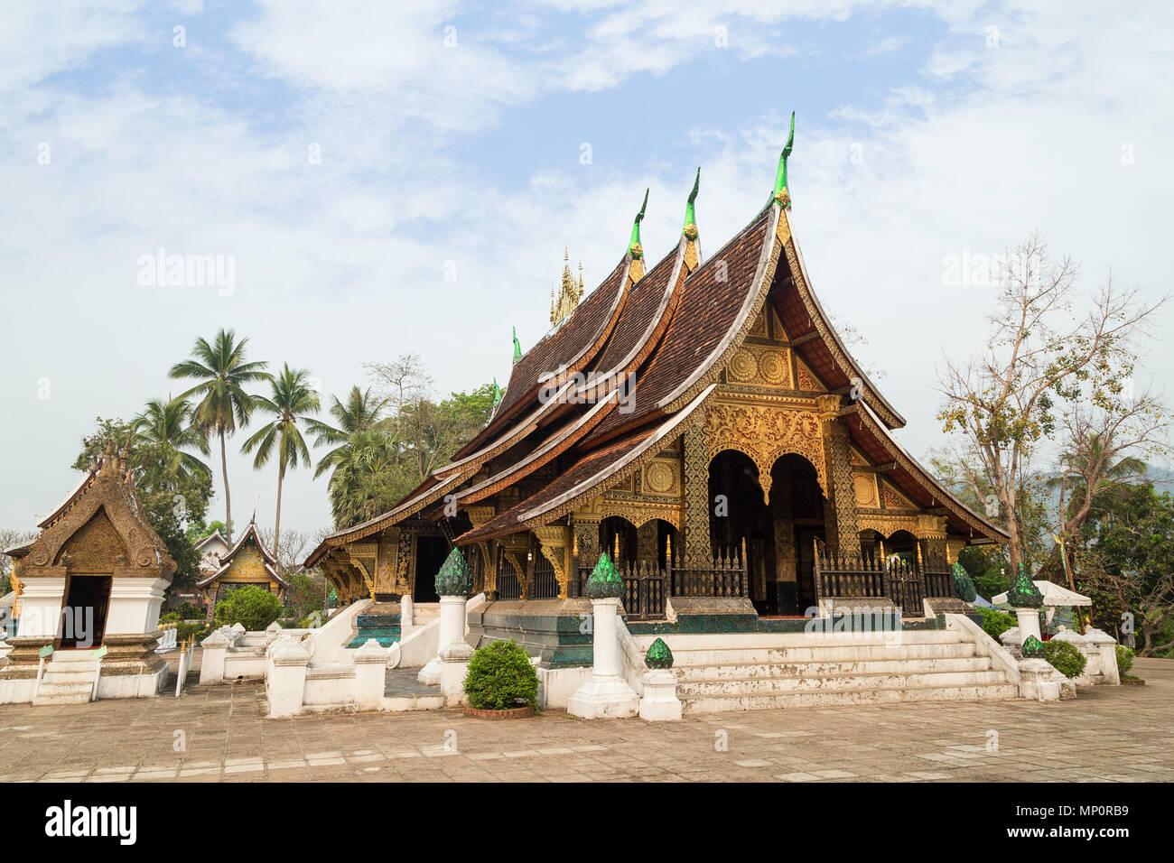 "Vista il buddista di Wat Xieng Thong tempio (""Tempio della città d'oro"") a Luang Prabang, Laos. Immagini Stock"