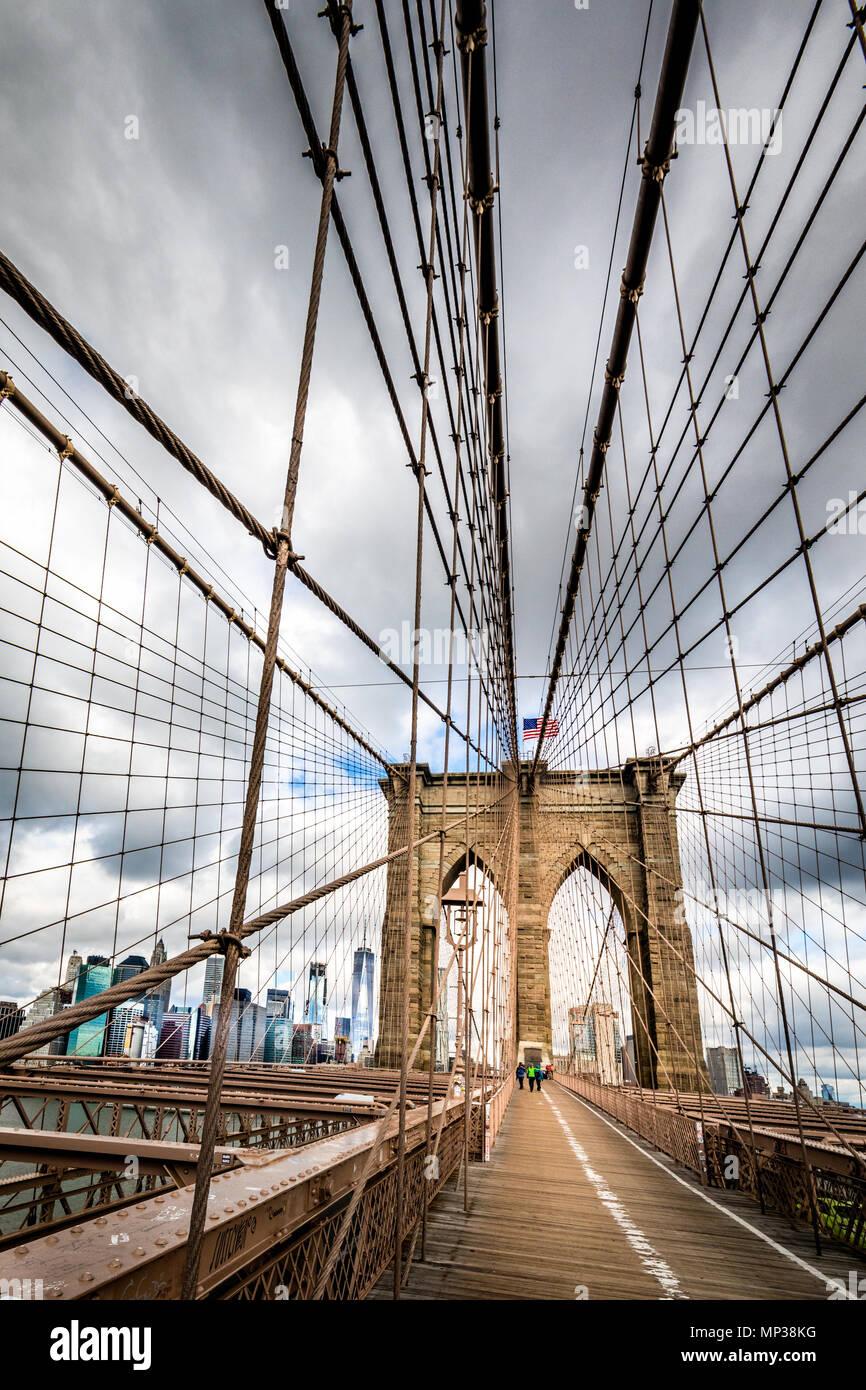 Il Ponte di Brooklyn a New York City, Stati Uniti d'America. Foto Stock
