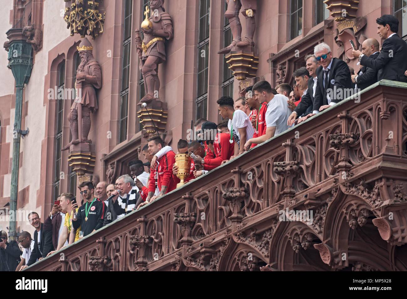 La reception del tedesco della coppa del vincitore 2018 eintracht Francoforte sul balcone del Roemer, Frankfurt am Main, Germania Immagini Stock