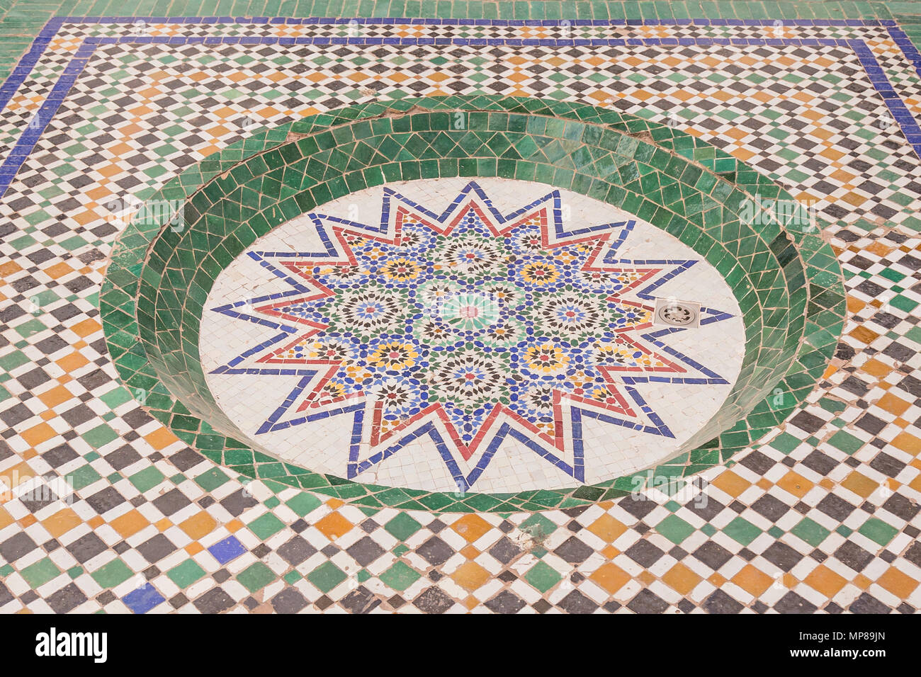 Islamic moroccan tiles immagini & islamic moroccan tiles fotos stock