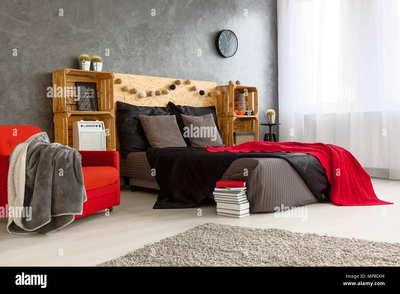 Camera Da Letto Rossa E Grigia : Di stile moderno nel design della camera da letto spaziosa pareti