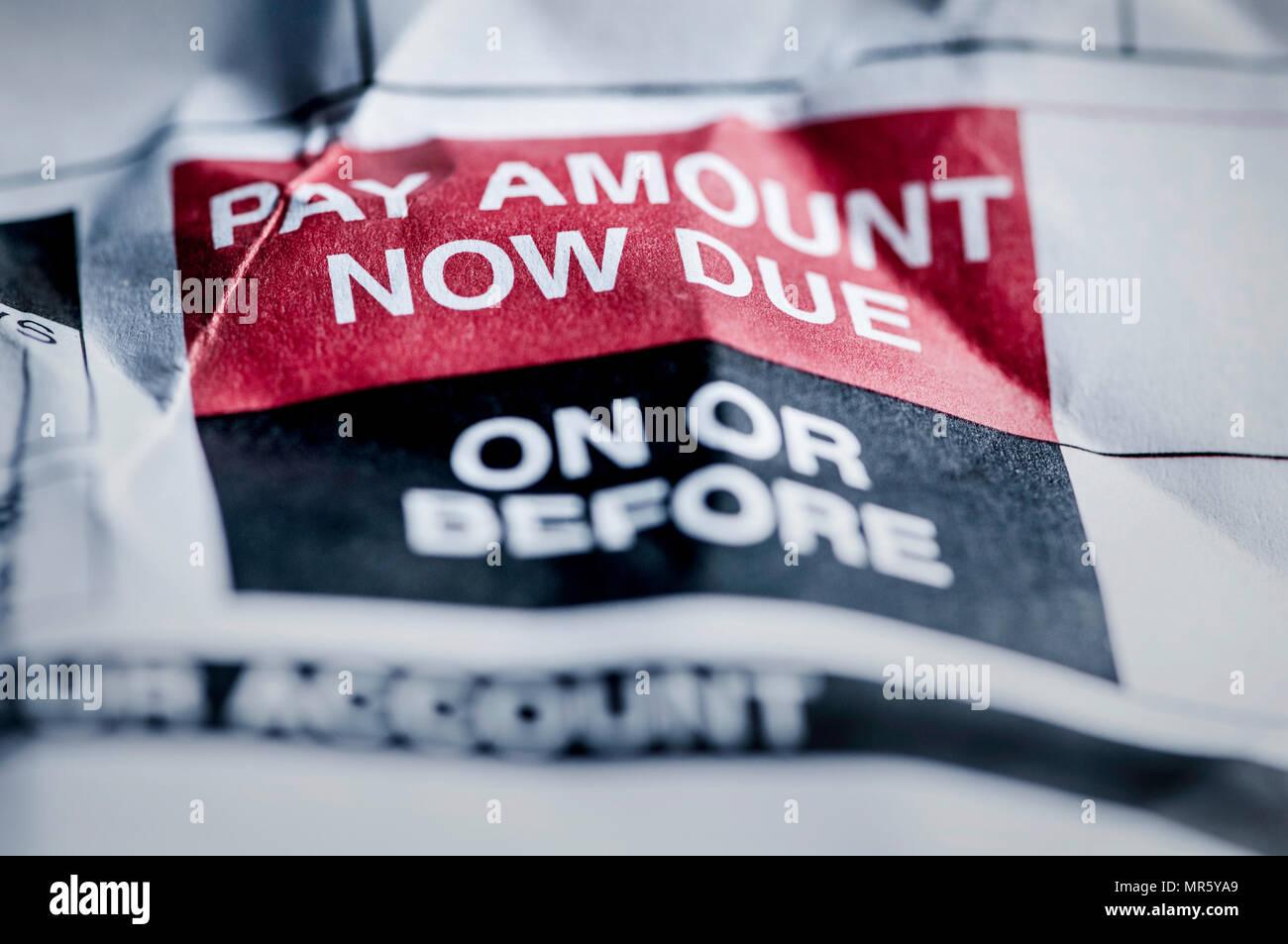 Credito al consumo il pagamento del debito in scadenza ora Immagini Stock