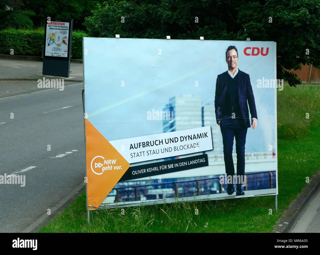 Poster per il CDU candidato del partito, Oliver Kehrl, durante la Renania settentrionale-Vestfalia membro elezione, Colonia. Maggio 2017 Immagini Stock