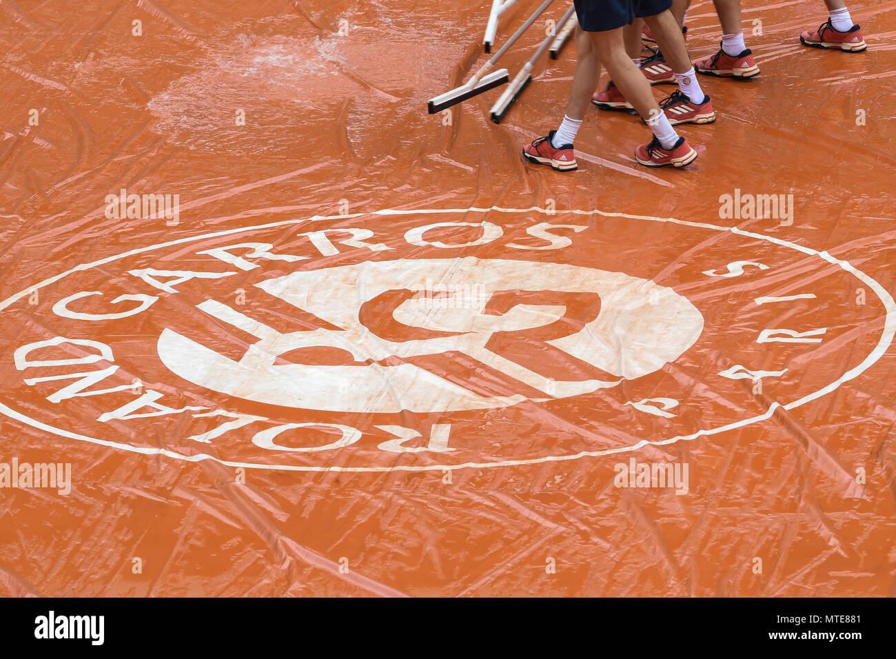 French Open 2018, Roland Garros, campo da tennis, pioggia Foto Stock