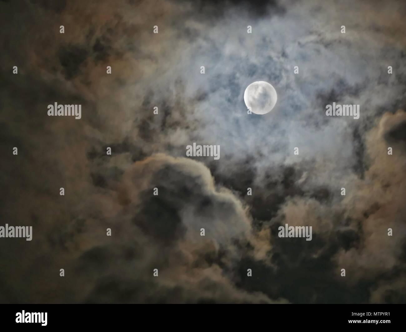 Luna stasera Immagini Stock