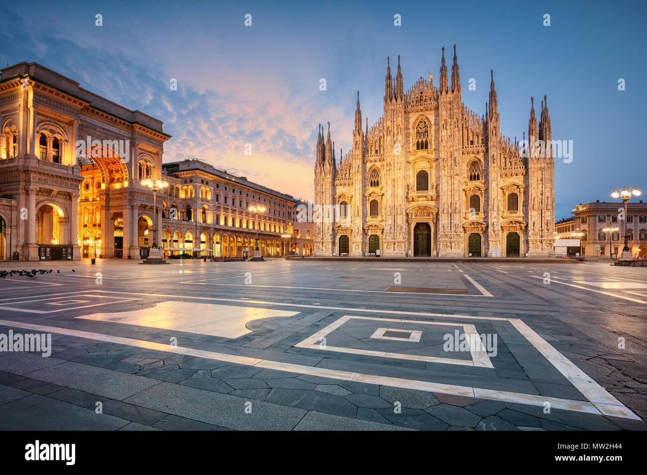 Milano. Cityscape immagine di Milano con il Duomo di Milano durante il sunrise. Immagini Stock