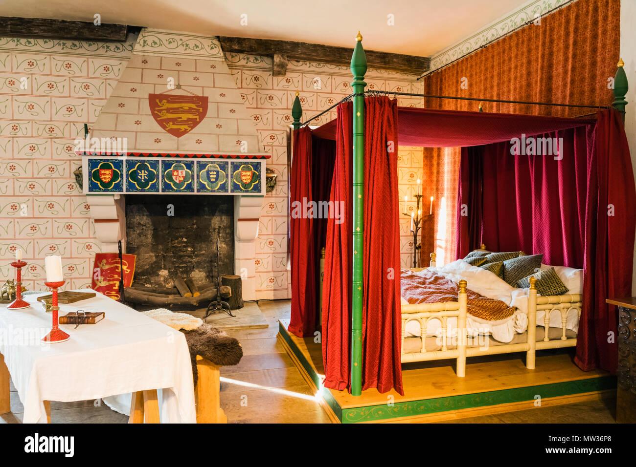 Camere Da Letto Medievali : Inghilterra londra torre di londra camera da letto nel palazzo