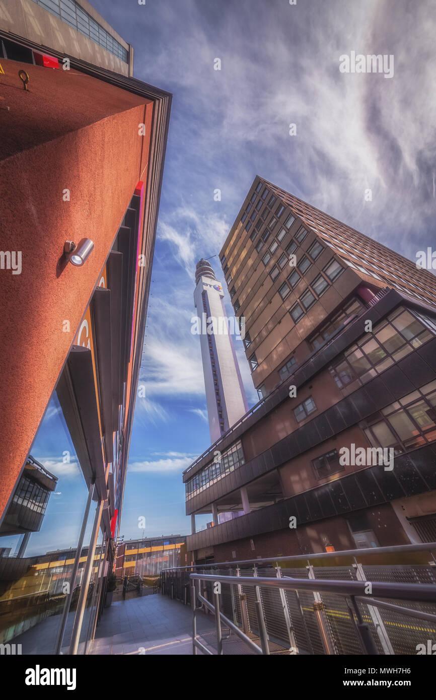 La BT Tower in Jewellery Quarter area di Birmingham, Regno Unito Immagini Stock