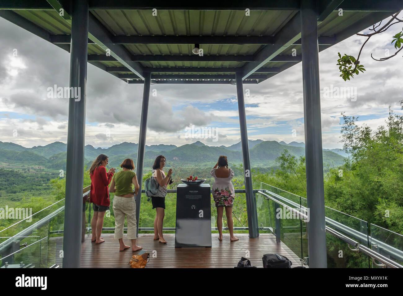 Hellfire Pass Memorial Museum, la Provincia di Kanchanaburi, Thailandia Immagini Stock
