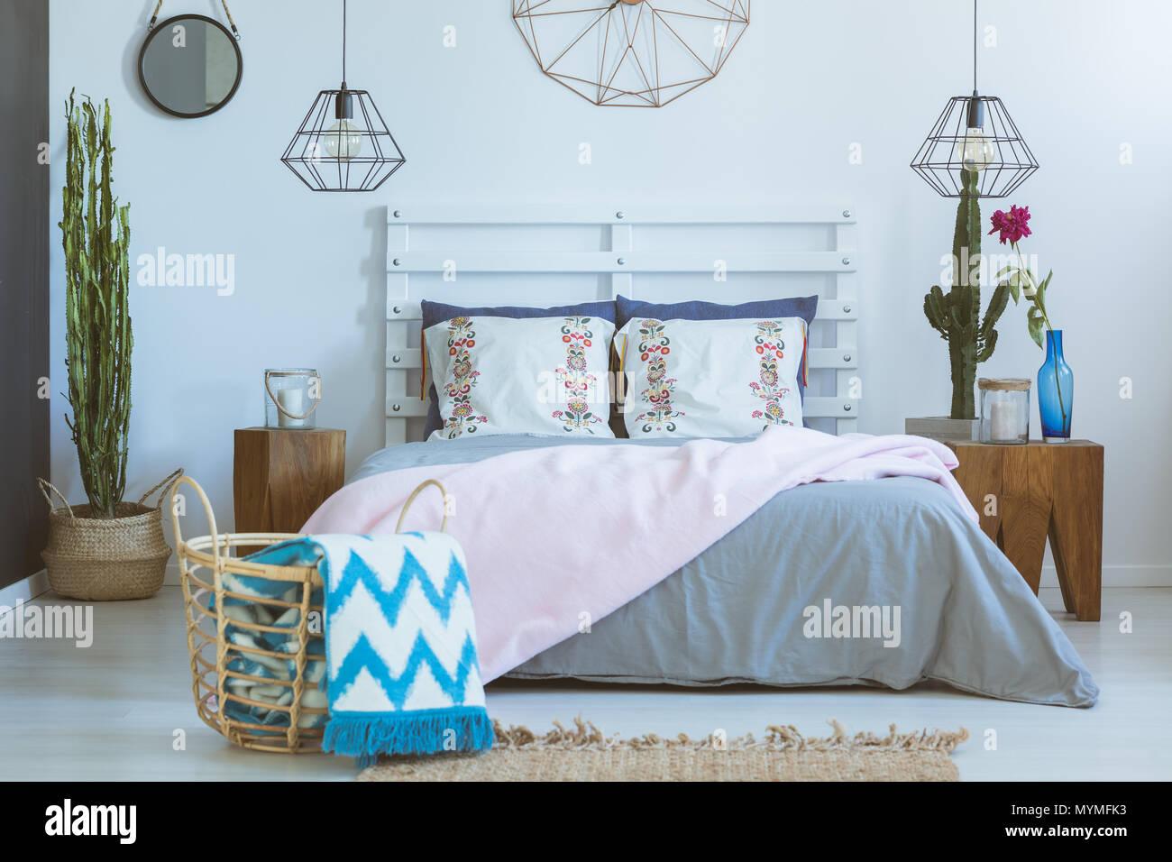 Colori Pastello Per Camera Da Letto : Camera da letto con un mix di materiali naturali modelli e colori