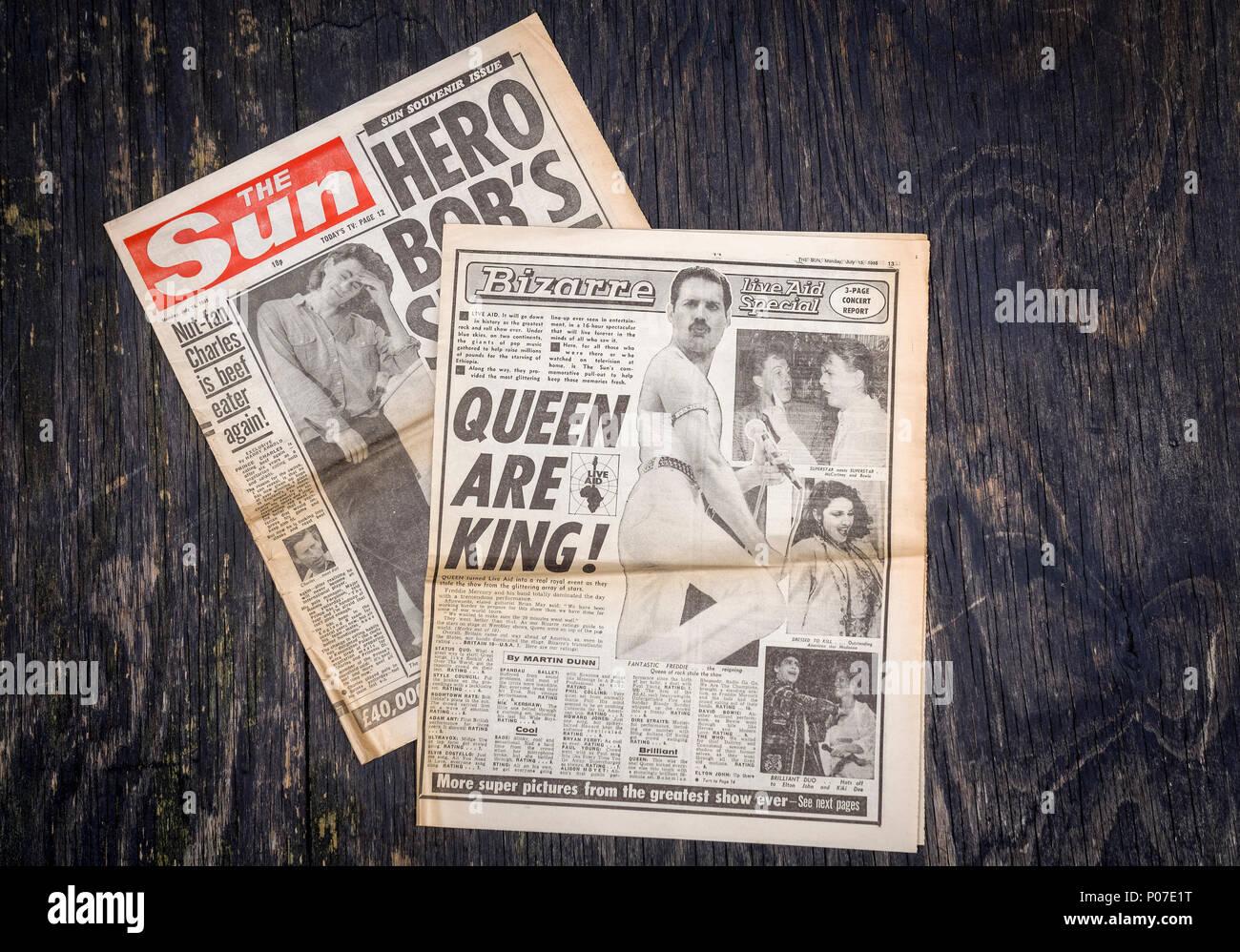 Quotidiano britannico The Sun reporting sulla carità musica dal vivo, eventi Live Aid tenutosi allo stadio di Wembley a Londra, 13 Luglio 1985 da Sir Bob Geldof Immagini Stock