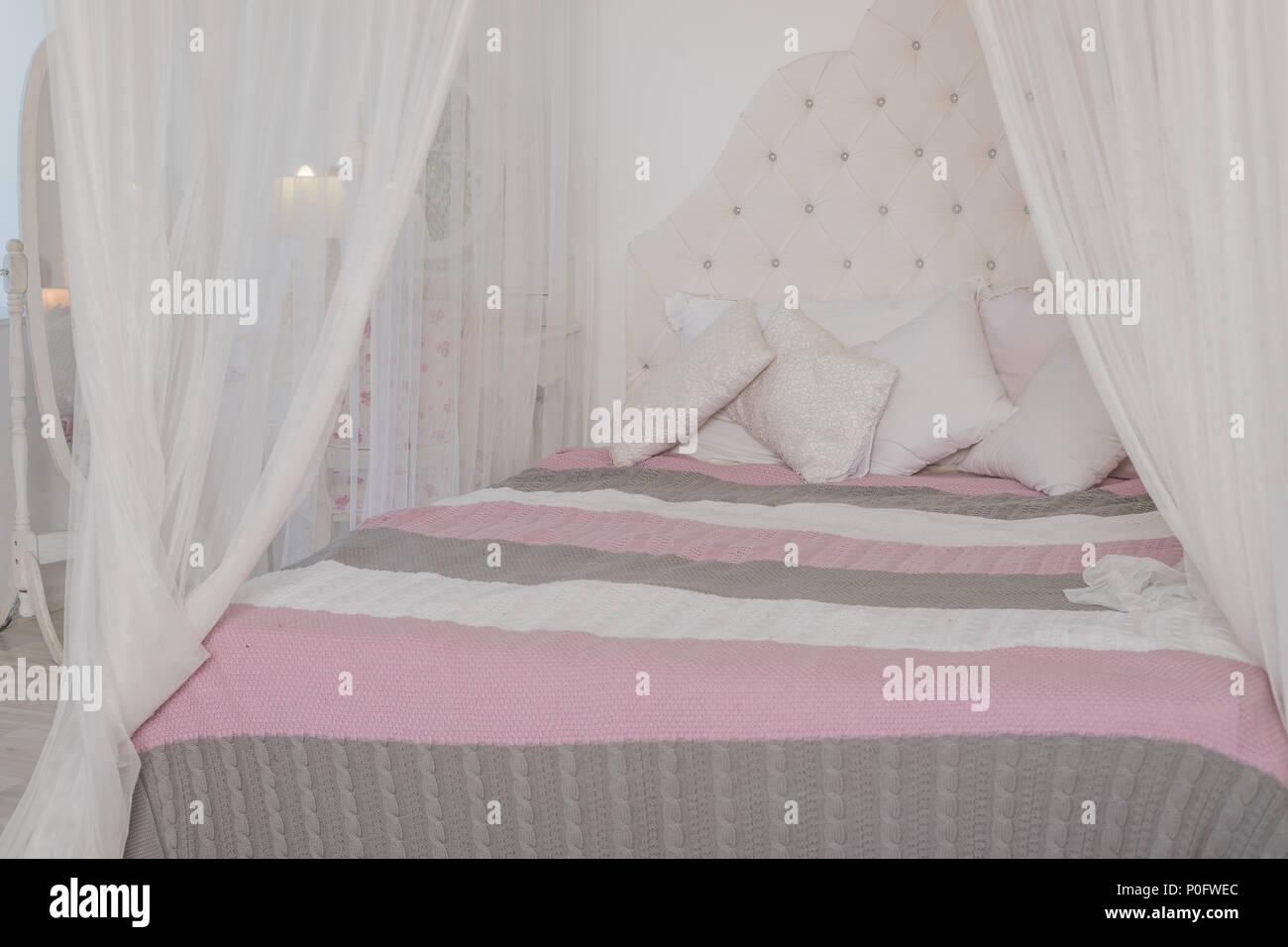 Colori Pastello Per Camera Da Letto : Accogliente camera da letto in chiari colori pastello un grande