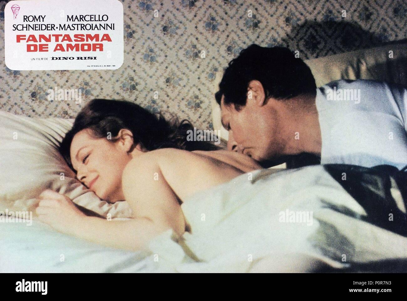 Pellicola originale titolo: FANTASMA D'AMORE. Titolo inglese: fantasma di amore. Regista: DINO RISI. Anno: 1981. Stelle: Romy Schneider; MARCELLO MASTROIANNI. Immagini Stock