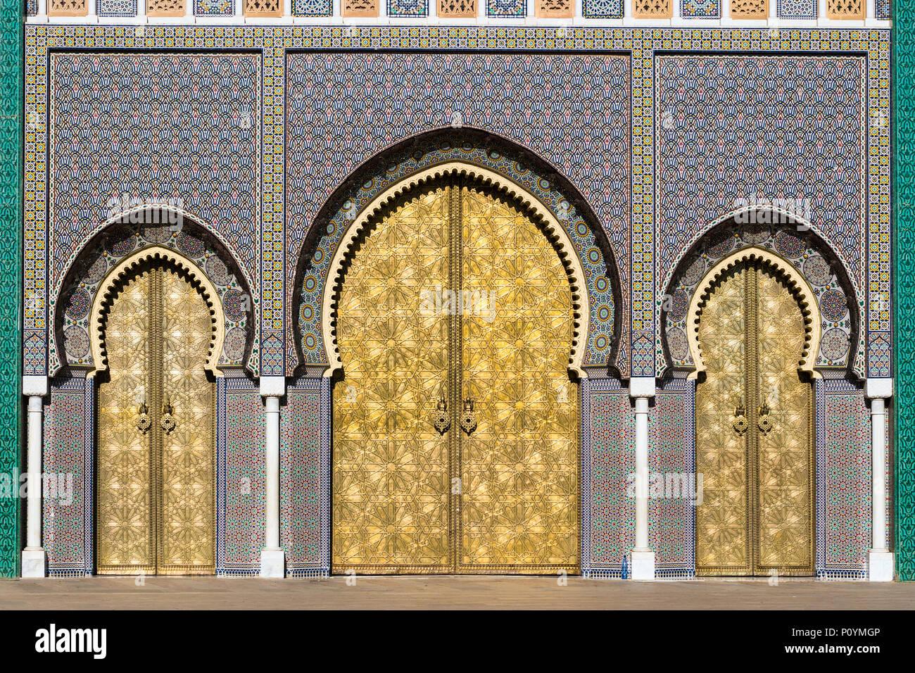 Cancello in ottone e zellige tilework mosaico su dar al makhzen o