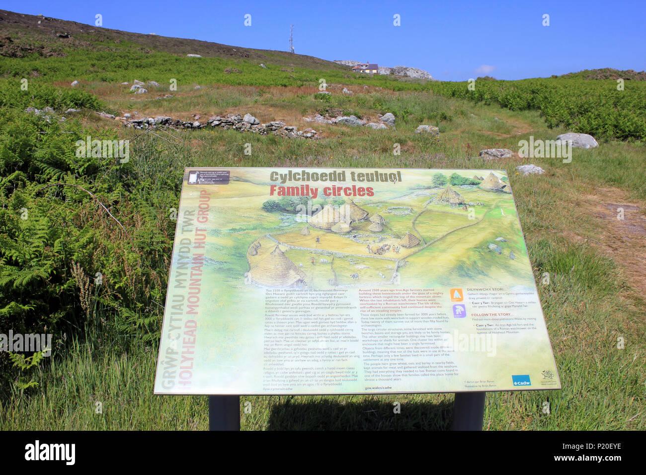 Capanna di pietra cerchi Ty Mawr, Holyhead mountain, Anglesey Immagini Stock