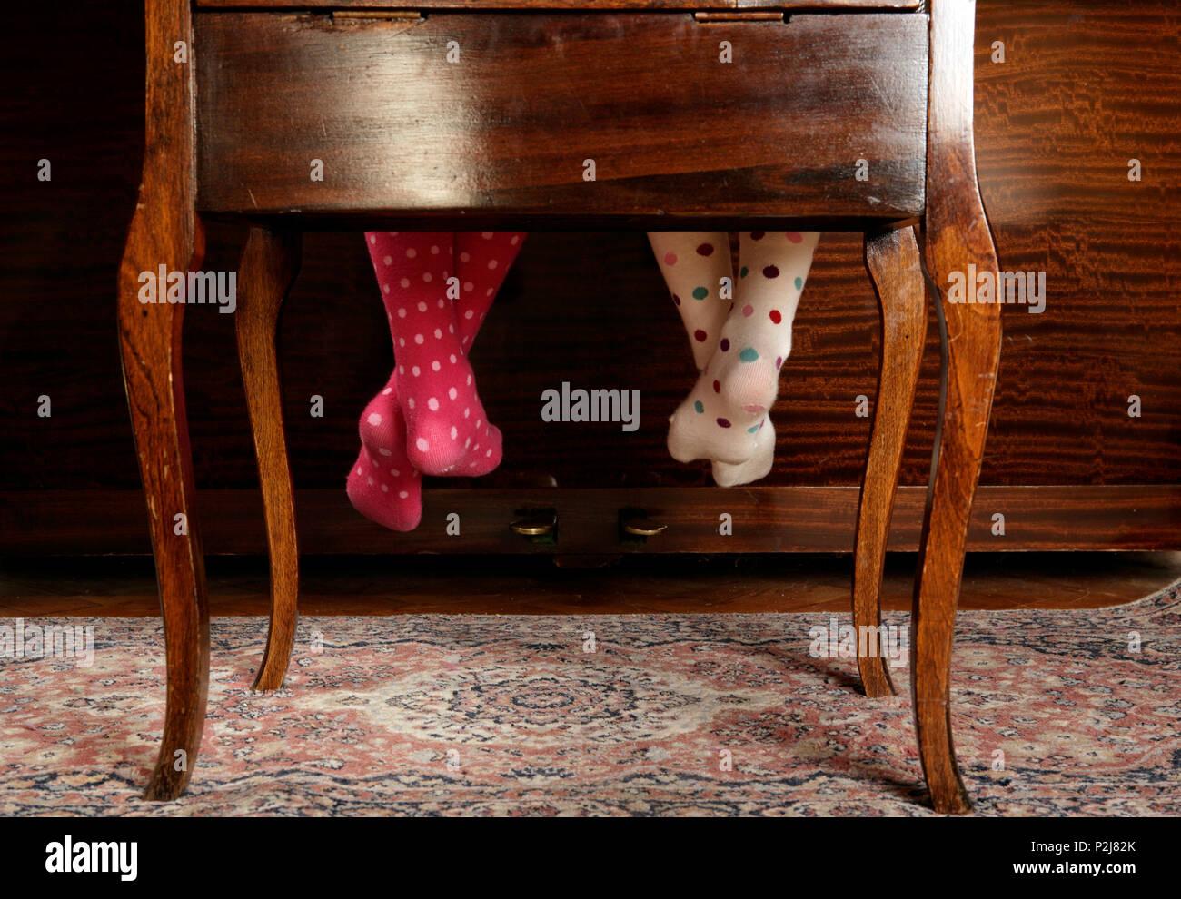 Piano stool immagini & piano stool fotos stock pagina 3 alamy