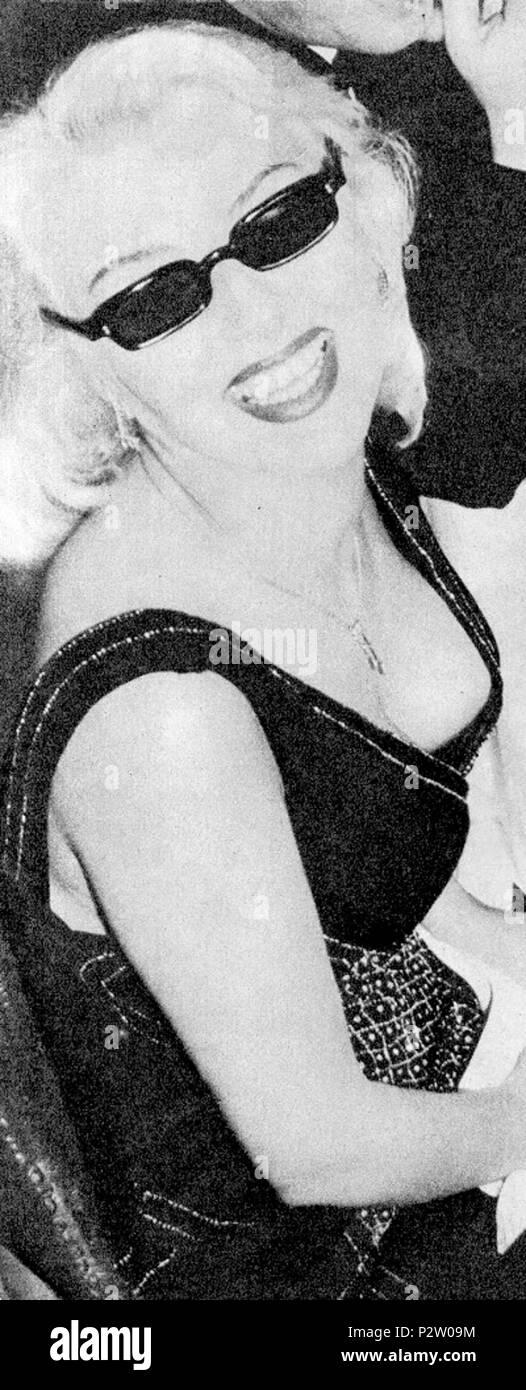 . Foto da l'Espresso (1956) . 1956. Fantasma al progetto italiano. 30 Franca Rame Immagini Stock
