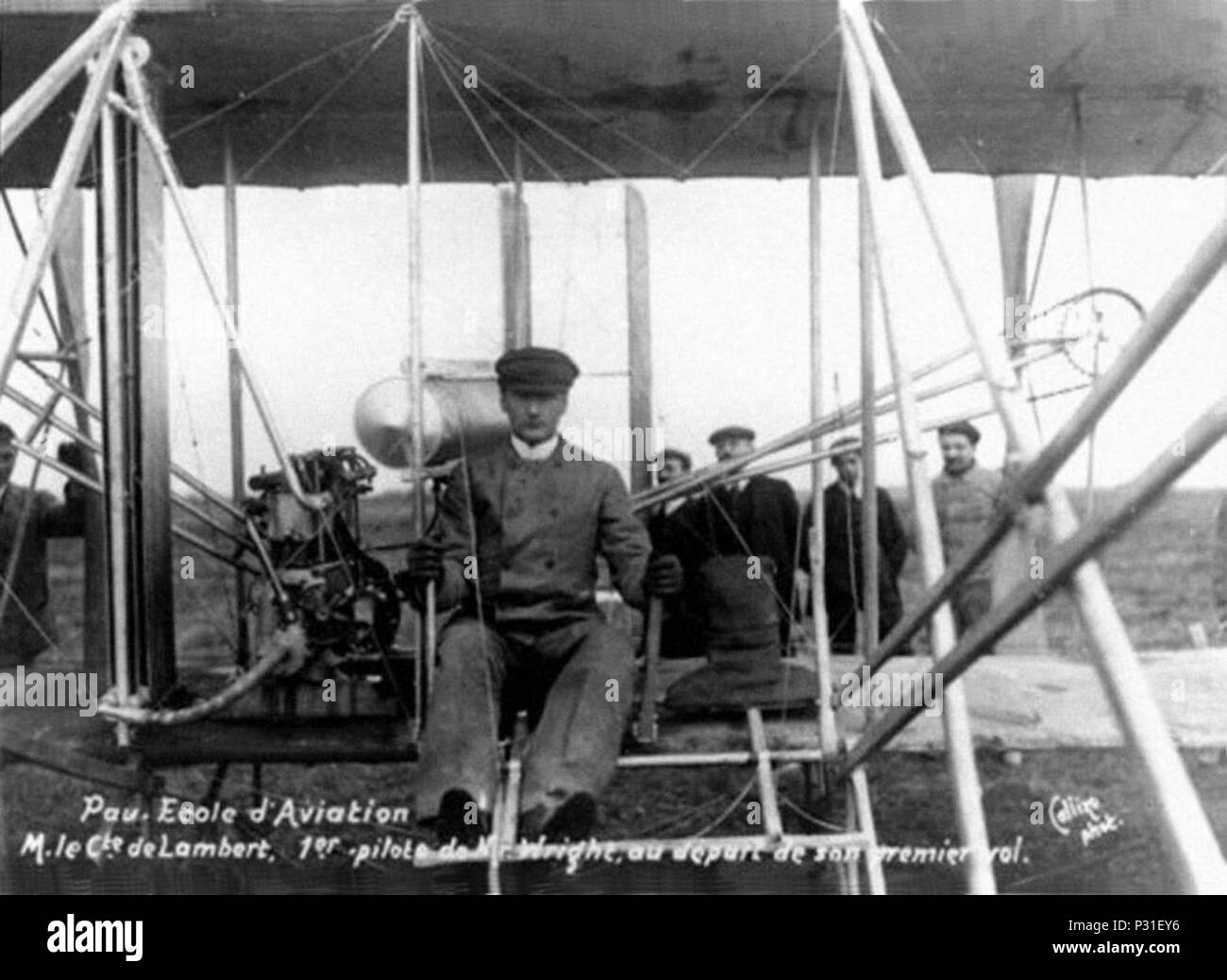 -Carlos Alexandre, Conde de Lambert 1C2BA piloto do biplano Wrigth no seu primeiro voo - Pau, 1908 Foto Stock