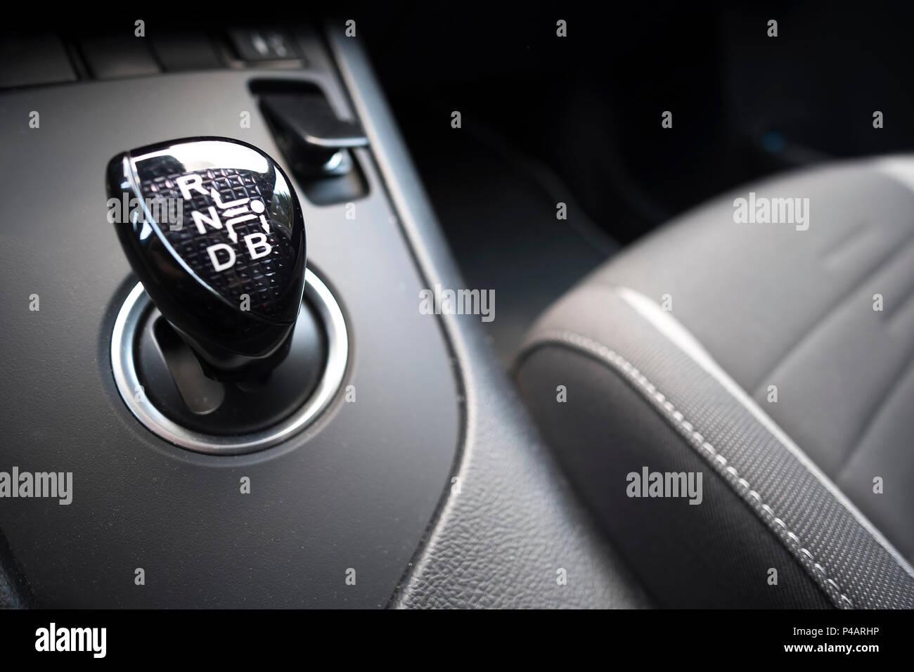 Cambio automatico auto ibride CVT variabile in continuo Immagini Stock