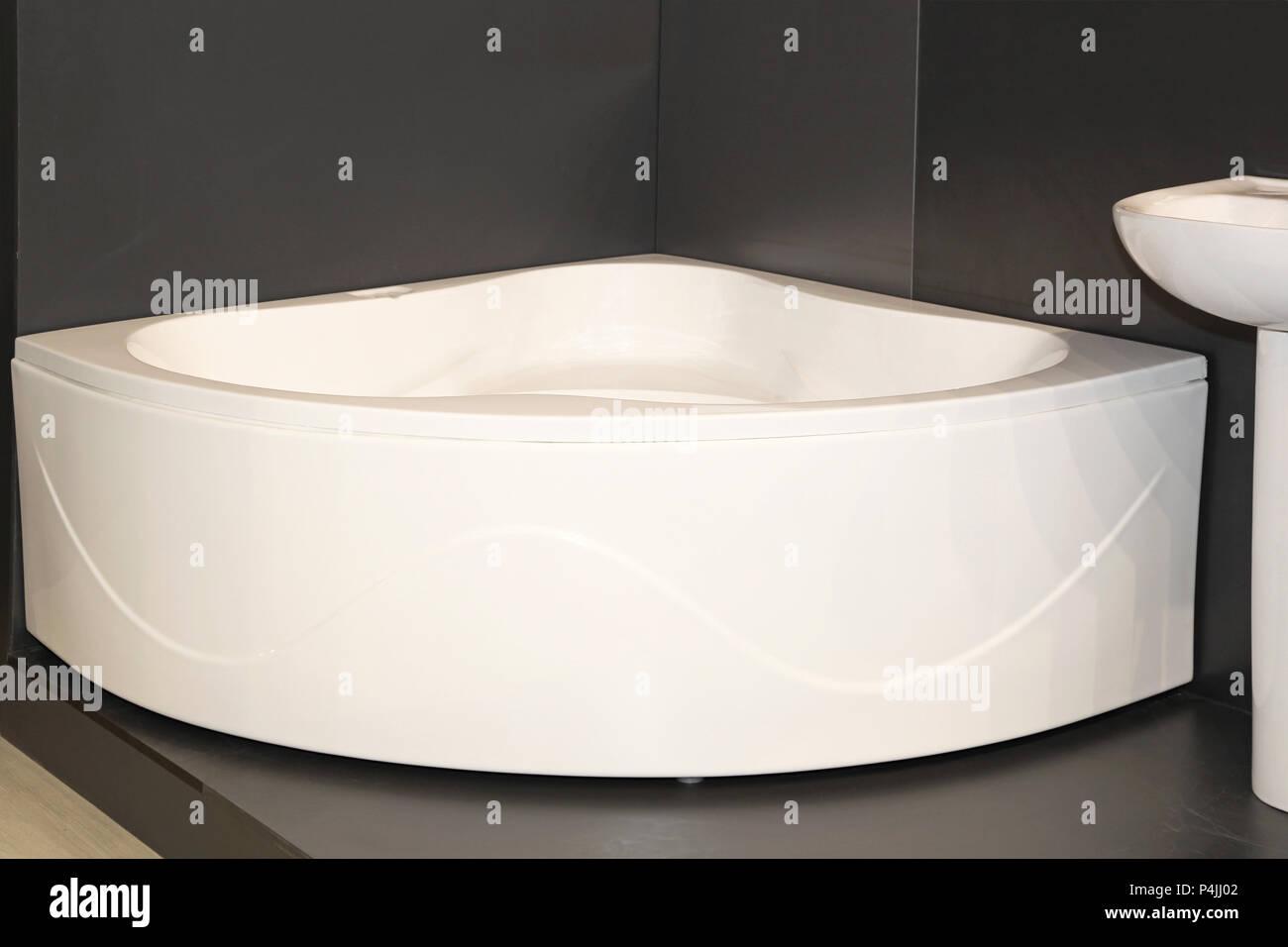 Vasca Da Bagno Angolare Ceramica : Vasca da bagno angolare immagini vasca da bagno angolare fotos