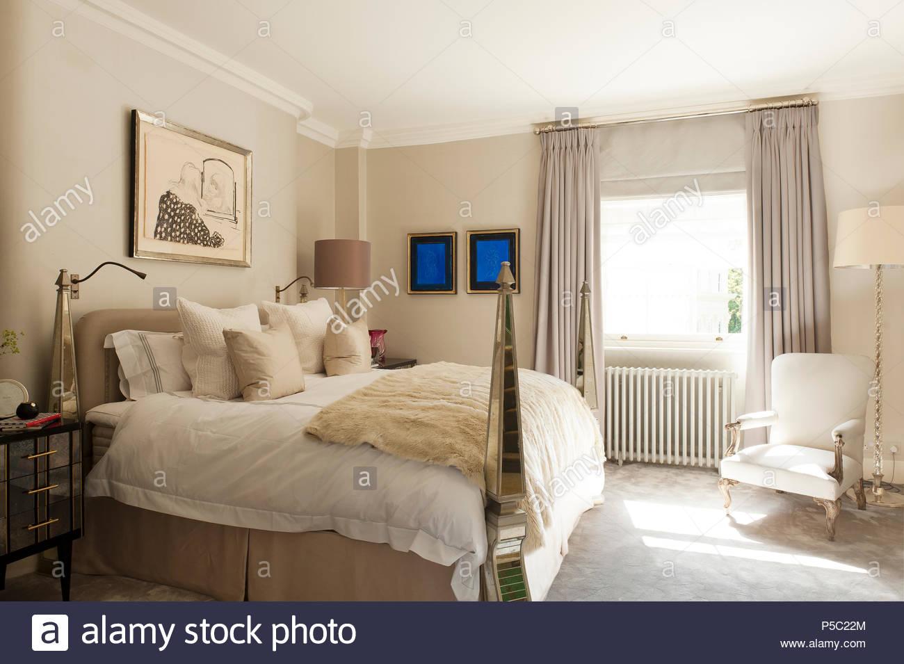 Letto a baldacchino in stile country camera da letto Foto & Immagine ...