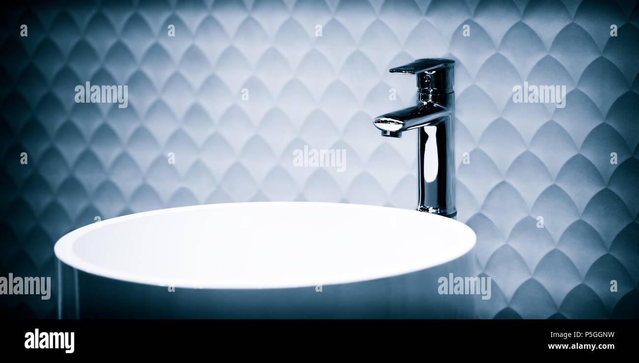 Modello bagni moderni en grigio e blu