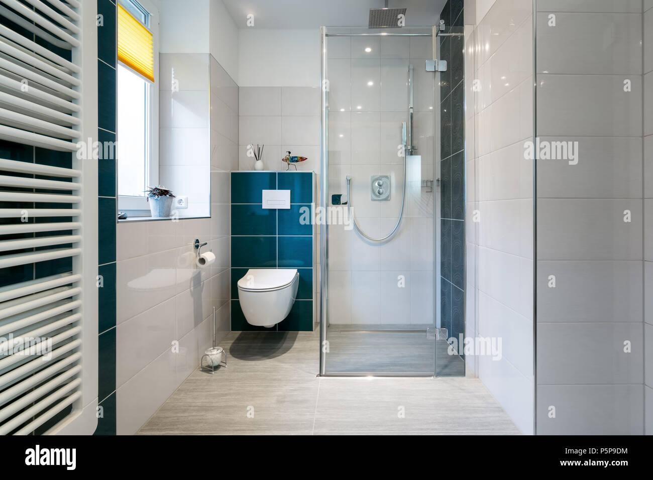 Bagno blu e bianco interesting soggiorno mobile bagno blu with