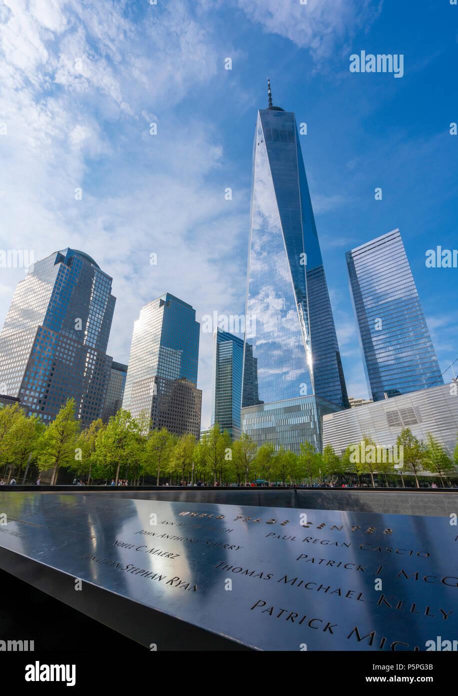 One World Trade Center e il memoriale di 911 Immagini Stock