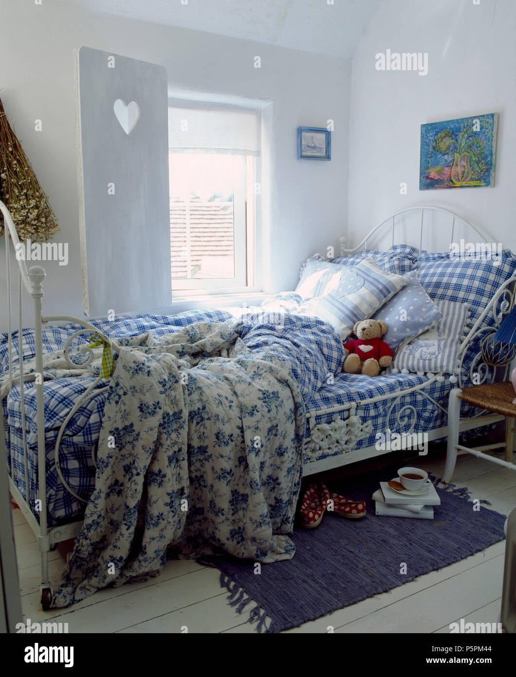 buy popular 114f7 a8f9b Blue+bianco a scacchi biancheria da letto e piumini floreali ...