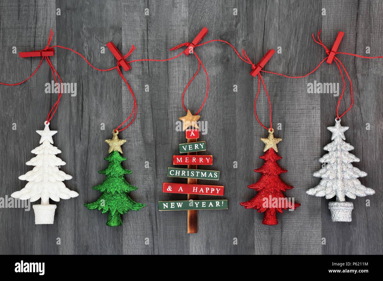 Decorazioni In Legno Per Albero Di Natale : Appendere albero di natale pallina decorazioni su una stringa linea