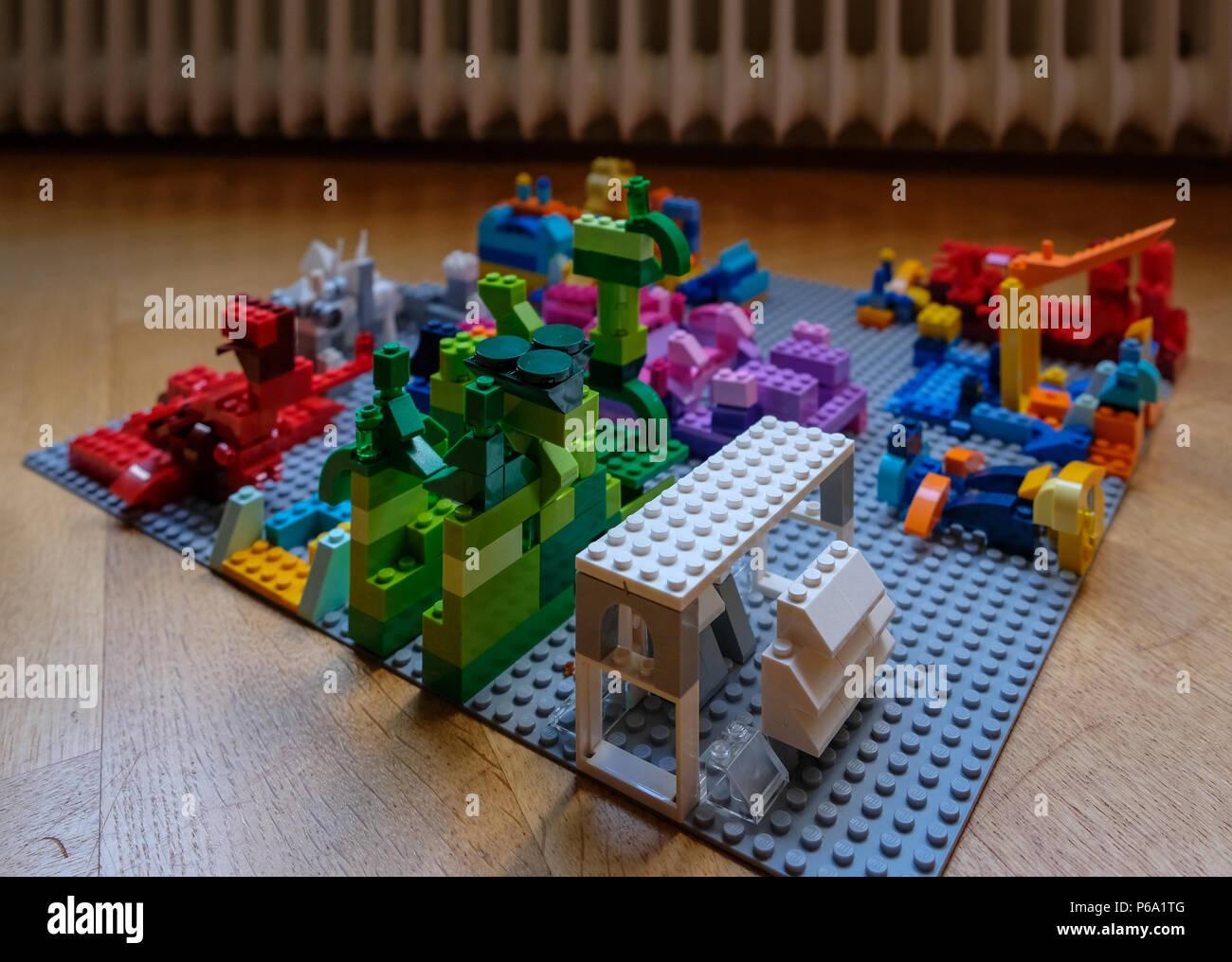 LEGO City 1 sposa con mazzo di fiori 2