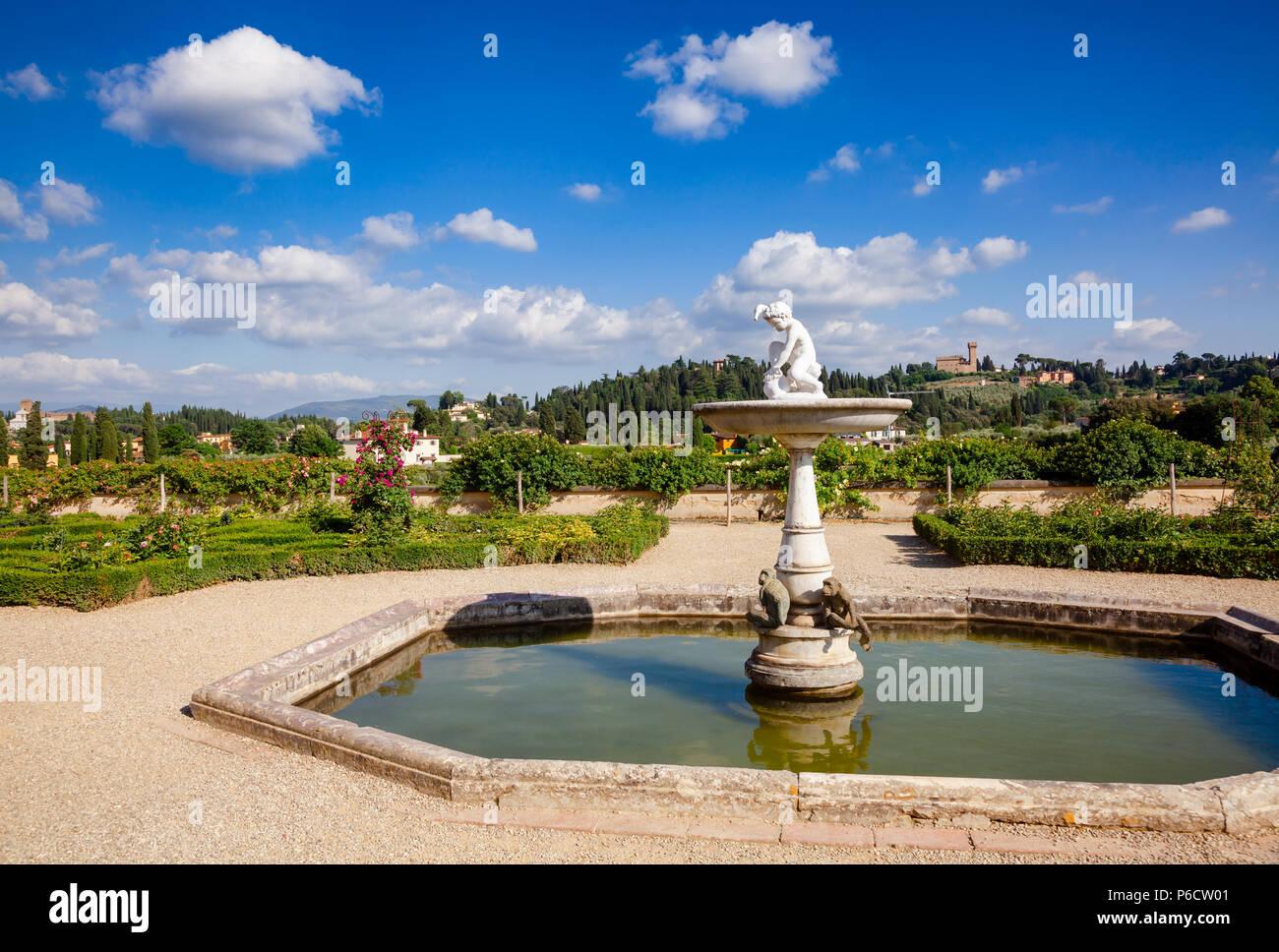 Fontana Al Giardino Dei Cavalieri La Terrazza Superiore Del