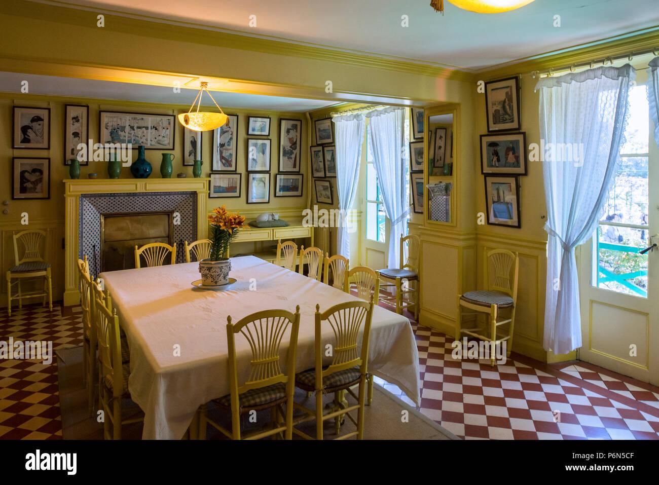 Giallo sala da pranzo nella casa di claude monet pittore for Casa francese di abiti e profumi