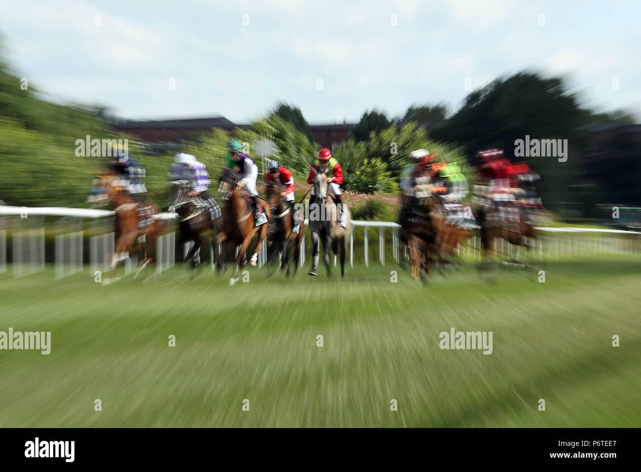 Amburgo, dynamics, cavalli e fantini in gara Immagini Stock