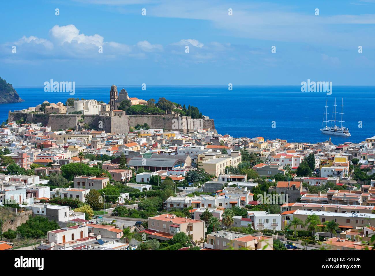 Lipari, Isola di Lipari, Isole Eolie, Sito Patrimonio Mondiale dell'UNESCO, Sicilia, Italia, Mediterraneo, Europa Immagini Stock