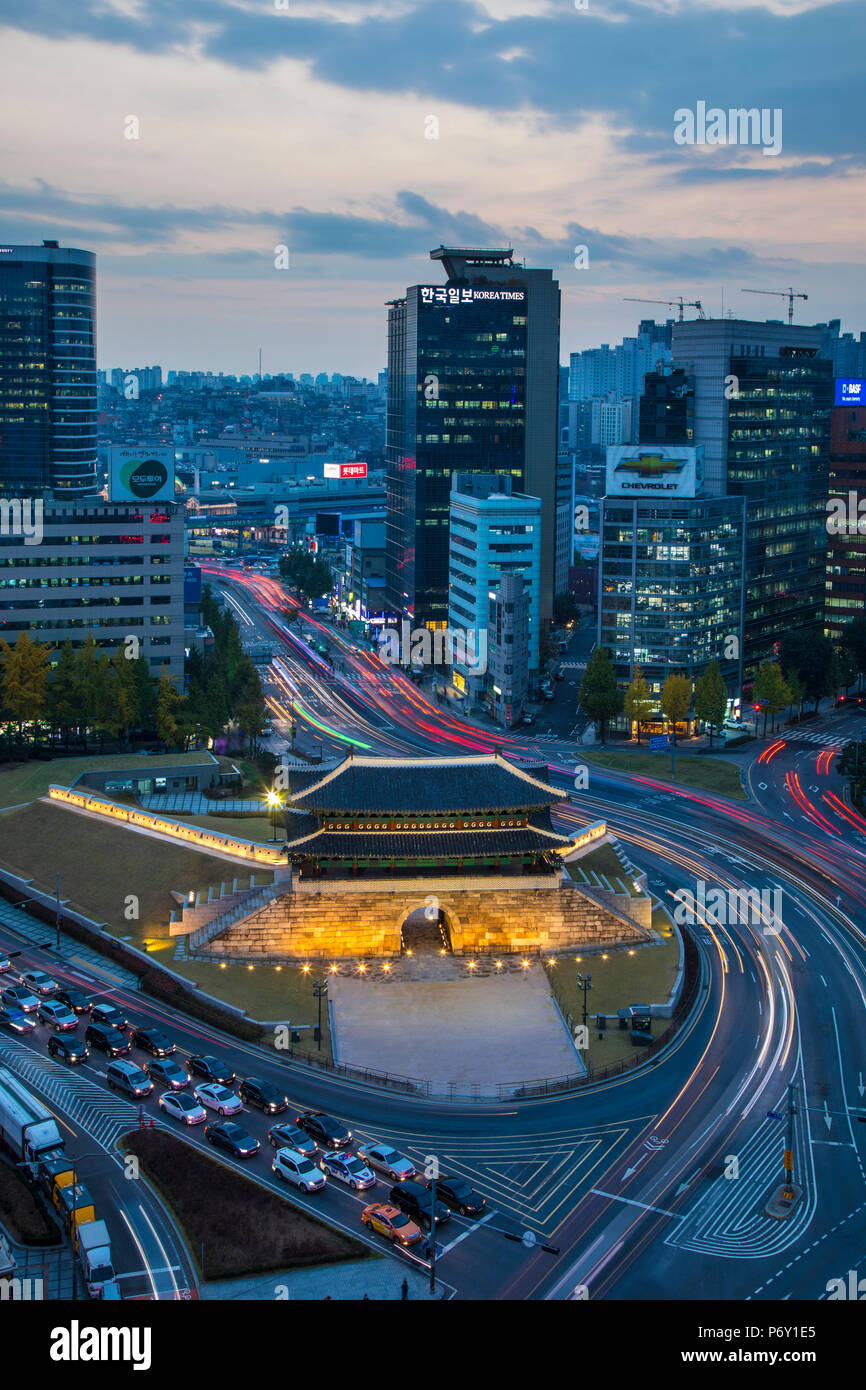 Sungnyemun Gate (Mercato Namdaemun Gate), Seul, Corea del Sud Immagini Stock