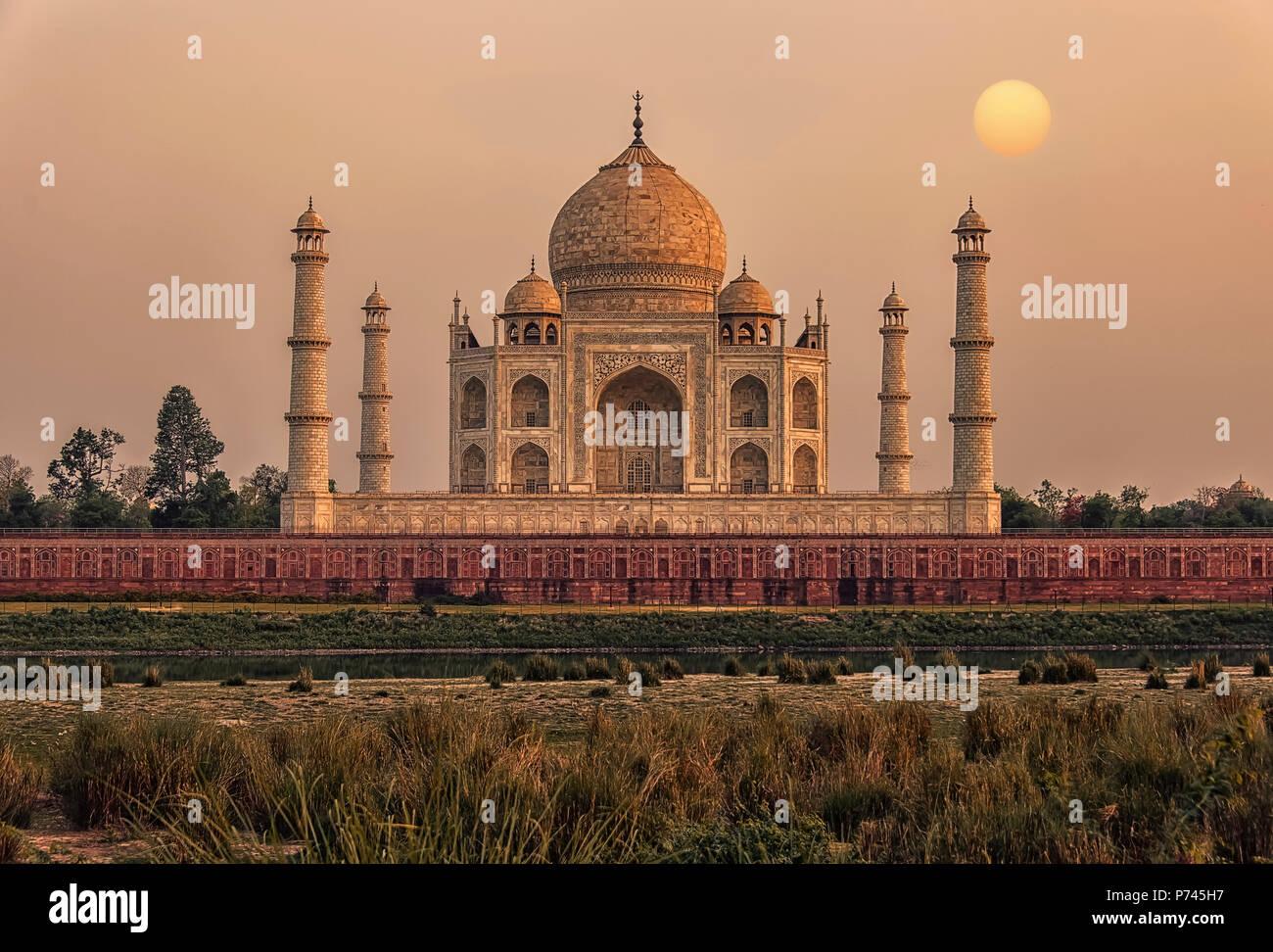 Il tramonto del Taj Mahal, Agra, India Immagini Stock
