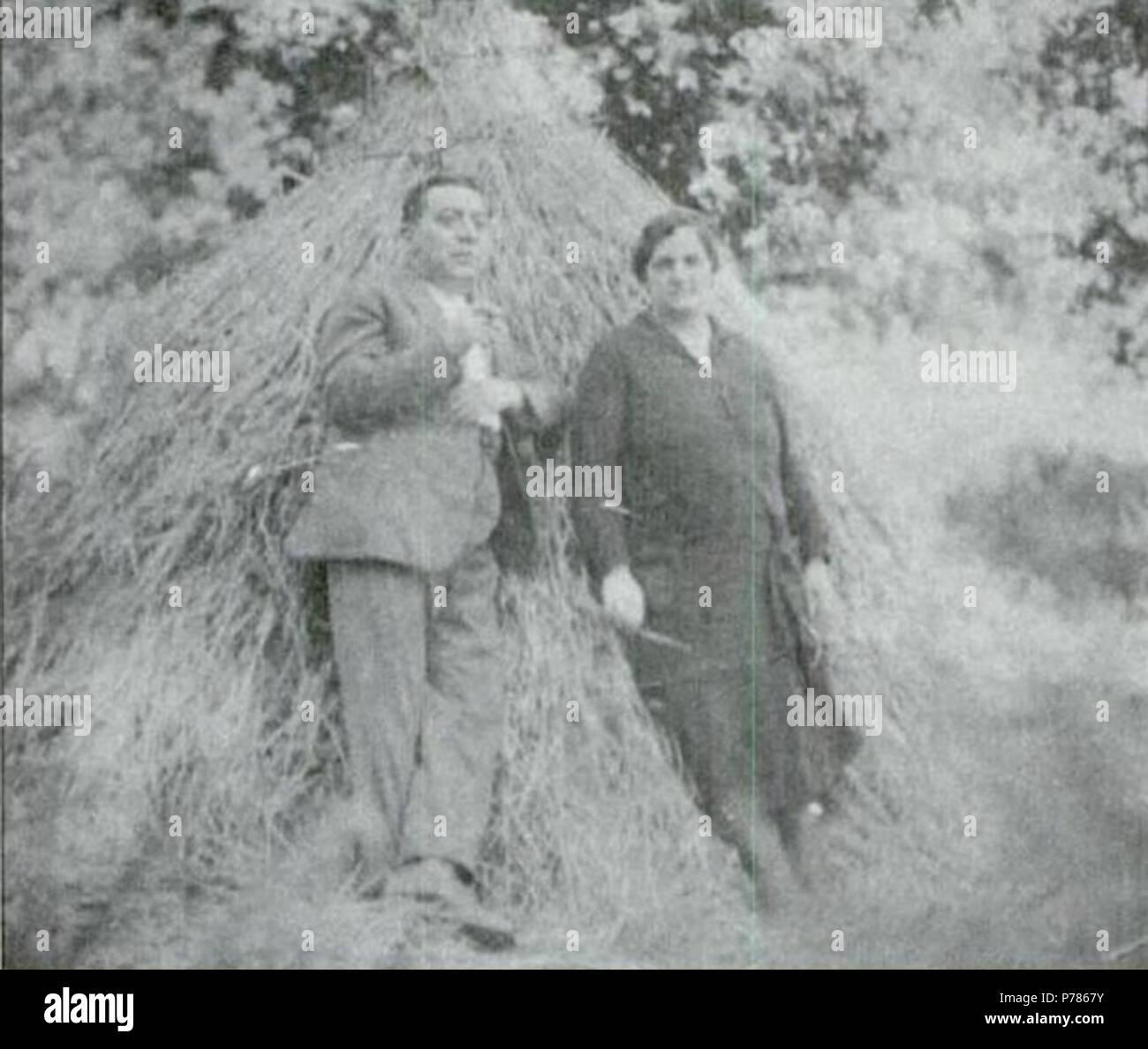 20 Darío Álvarez Limeses e María Blázquez Ballester, Baión, 1928 Foto Stock