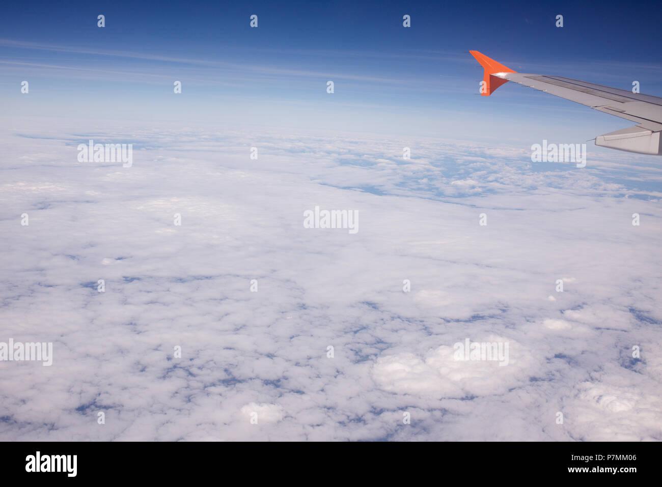 Il Cloud forme e modelli visualizzati da un velivolo Immagini Stock