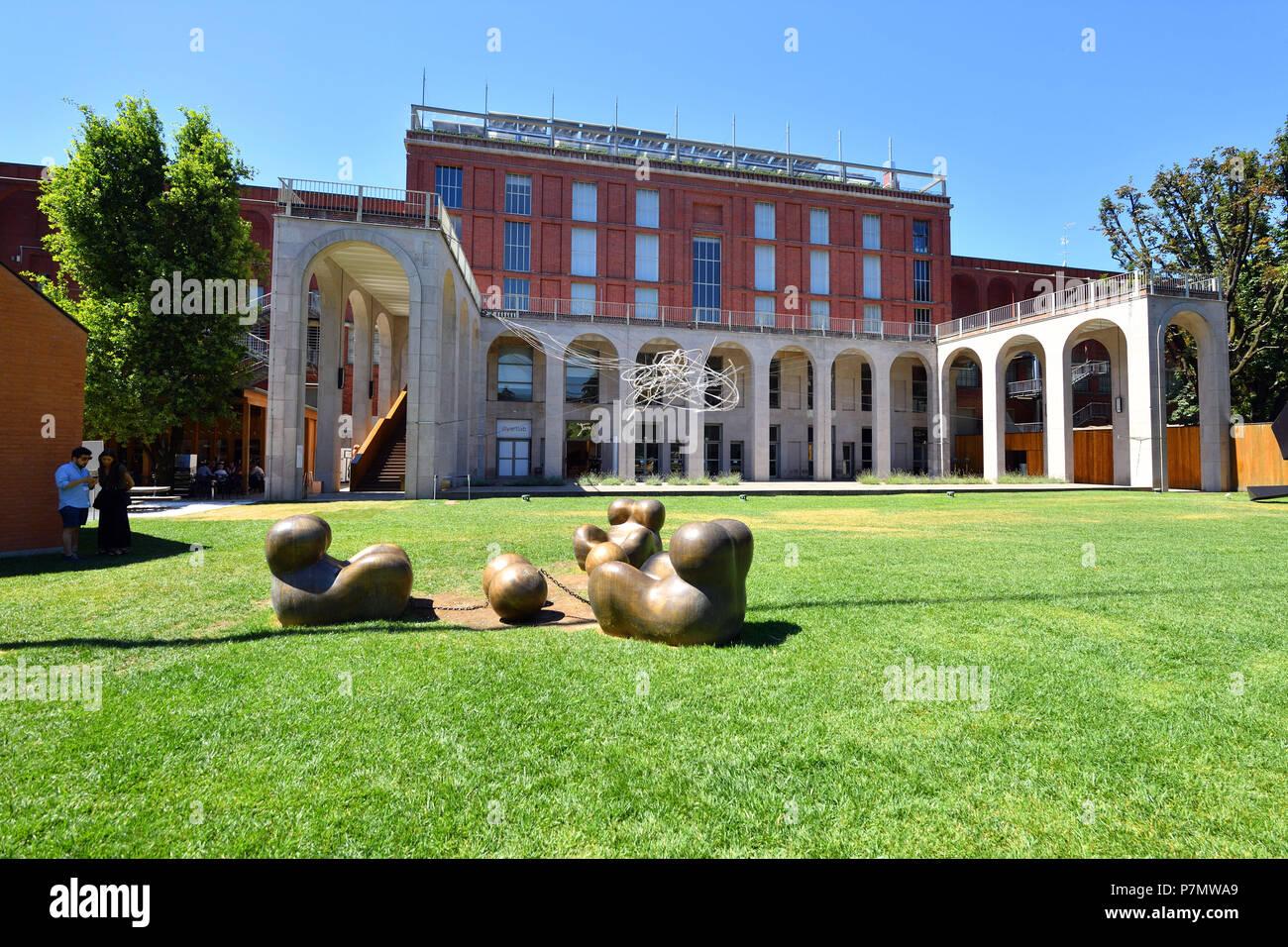 LItalia, Lombardia, Milano Triennale Design Museum, vicino Parco ...