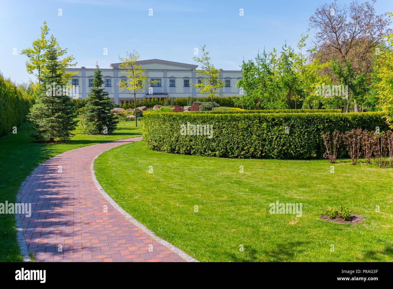Pavimentazione del giardino alcune idee per migliorarla