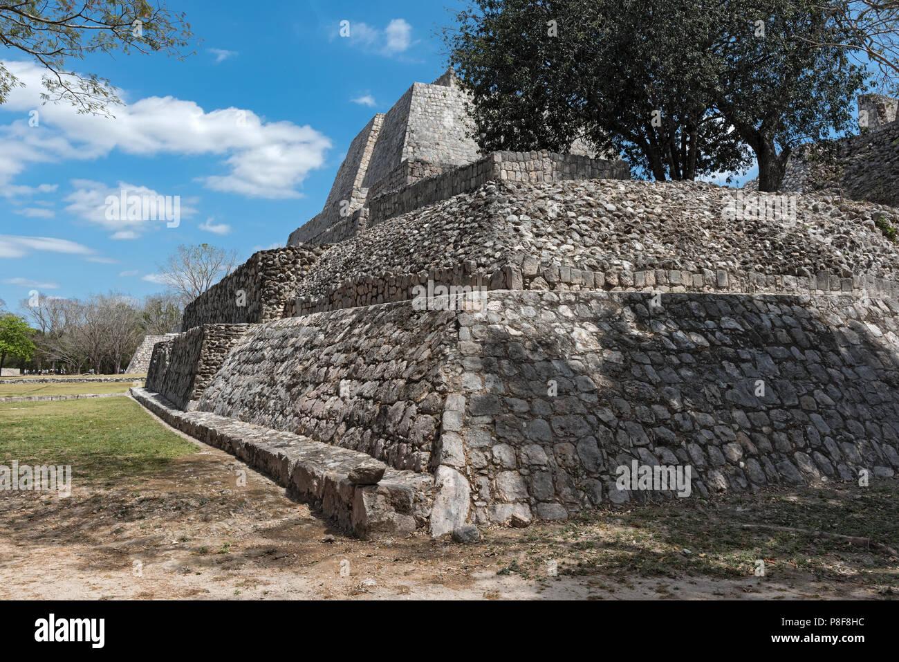 I ruderi di antiche città maya di Edzna vicino a Campeche, Messico. Immagini Stock
