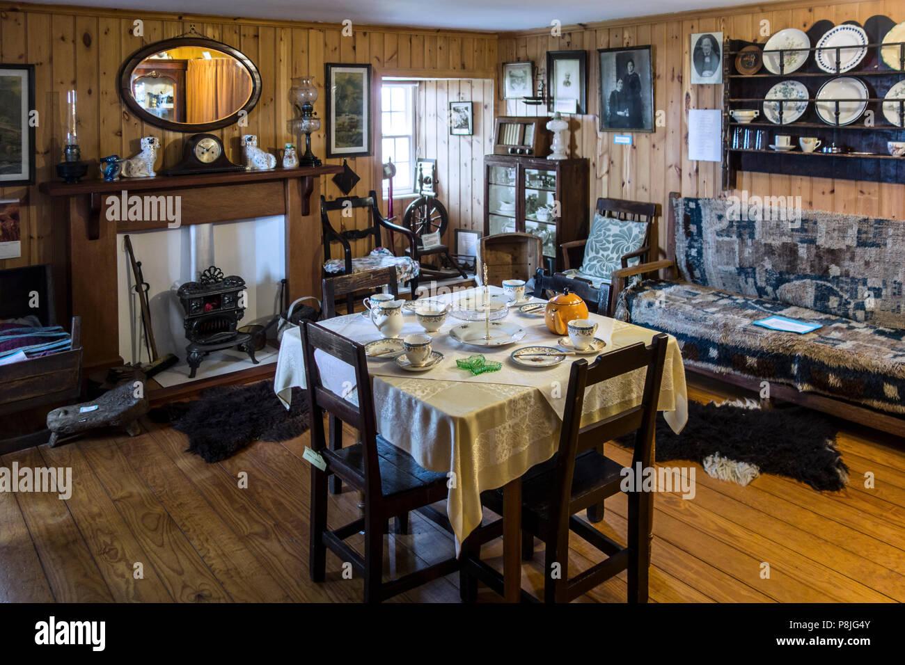 Arredi ottocenteschi in Laird's Camera / Stanza di seduta al Tangwick Haa Museum a Eshaness in Northmavine, isole Shetland, Scotland, Regno Unito Immagini Stock