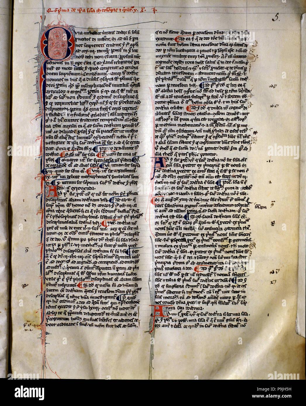 """Pagina di pergamena 'Summa Theologica"""" da san Tommaso d Aquino, eventualmente copiato in Francia prima del 1323. Foto Stock"""